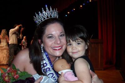 Rachel Roberts, Mrs. Oklahoma International and daughter